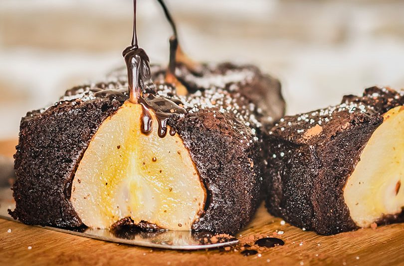 Tort de ciocolată cu pere